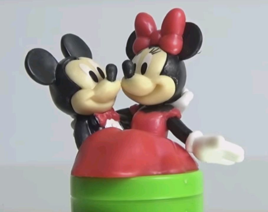 ミッキー&ミニー2.JPG